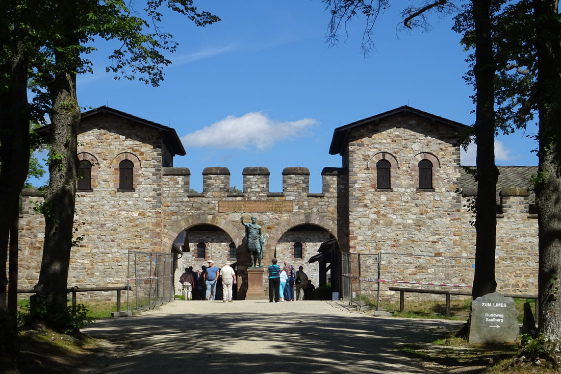 Roman Fort 'Saalburg', north of Frankfurt (photo: R.H.)